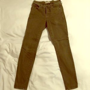 Madewell 9 inch skinny green jeans